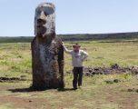 In cammino con Pavel e le statue dei Moai