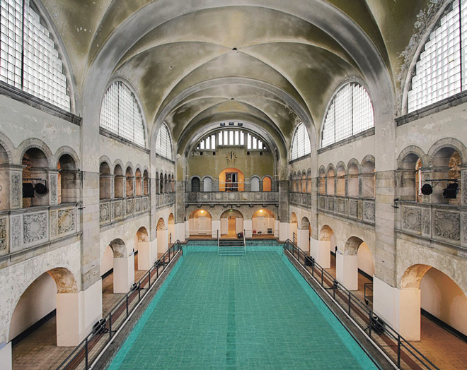 piscina-fine-800-berlino