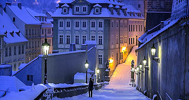praga_street-lamp-winter