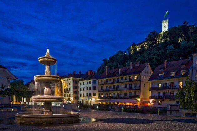 Lubiana-Slovenia-piazza-nuova