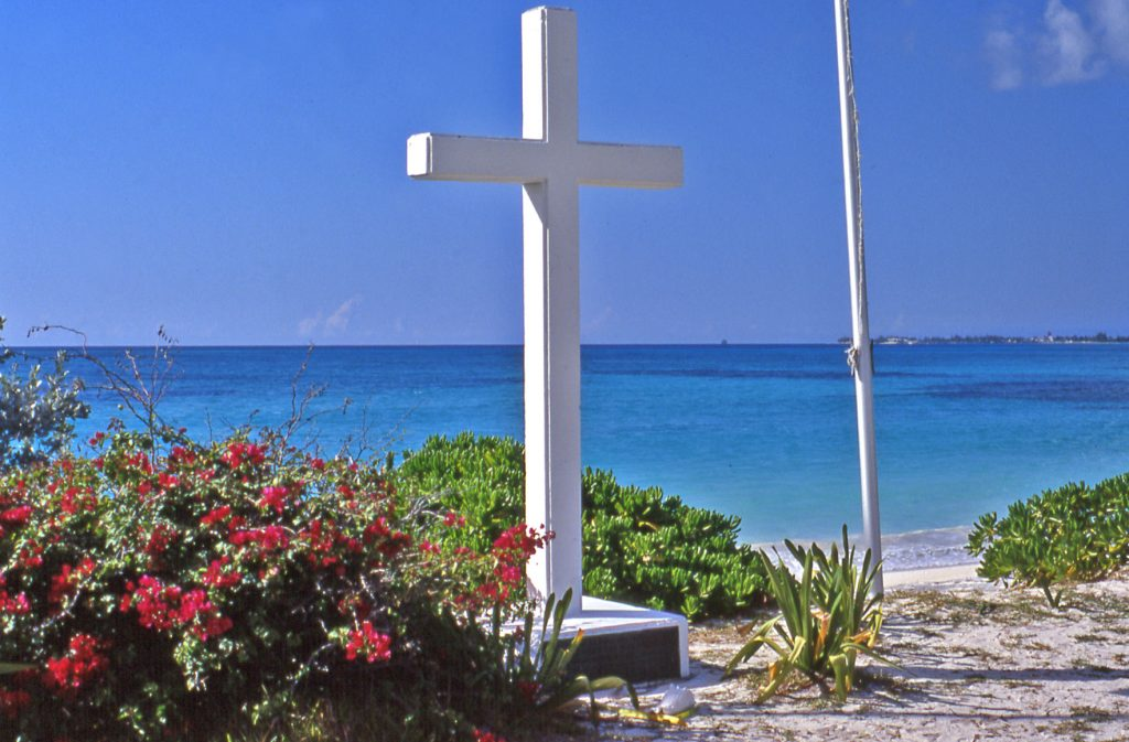 spiaggia d'approdo nell'isola San Salvador cristoforo colombo