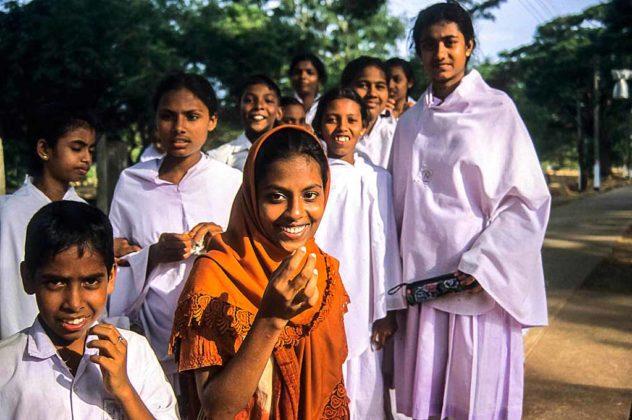 sri-lanka-Anuradhapura-pellegrini