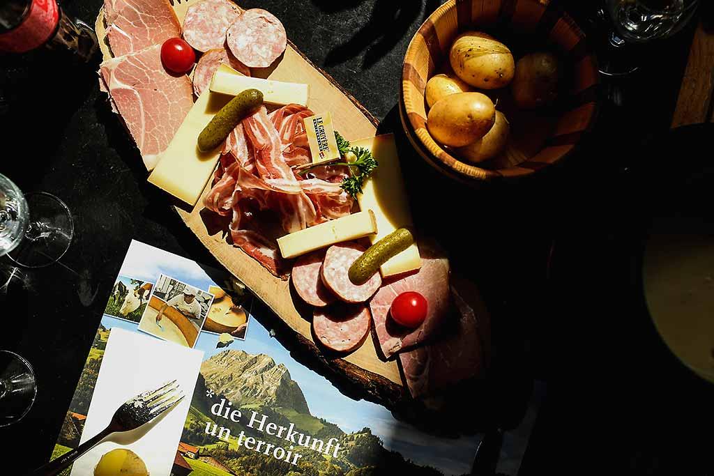 svizzera-prodotti-formaggio-gruyere