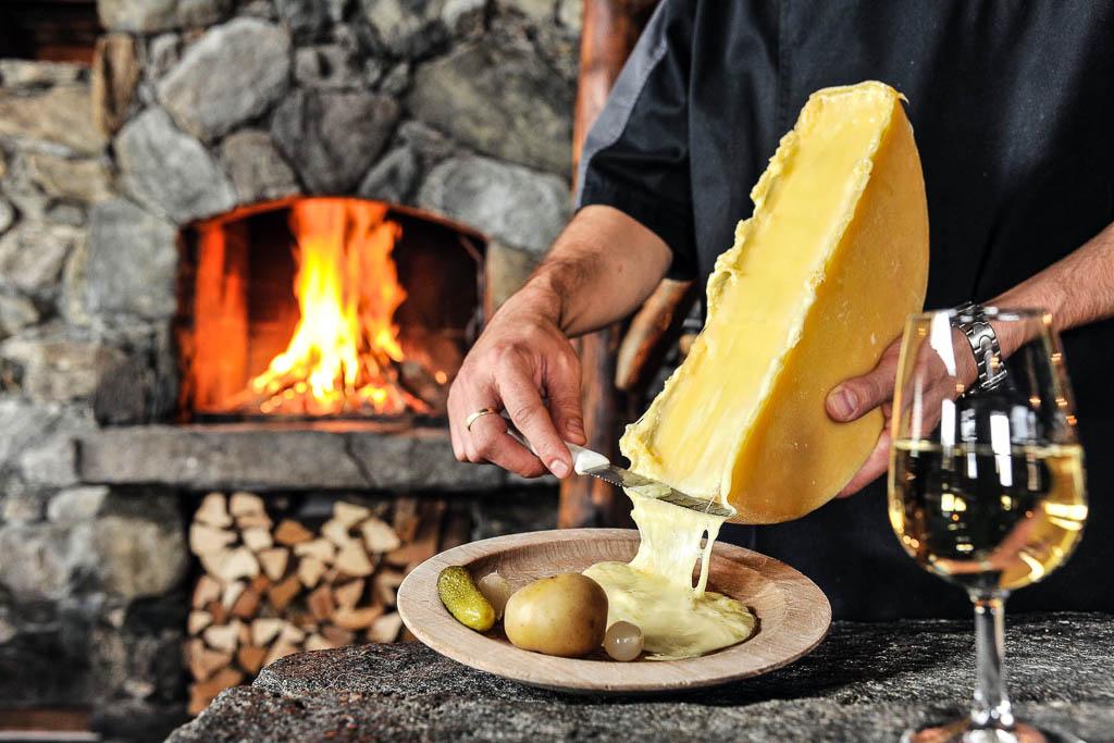 svizzera-fonduta-formaggio